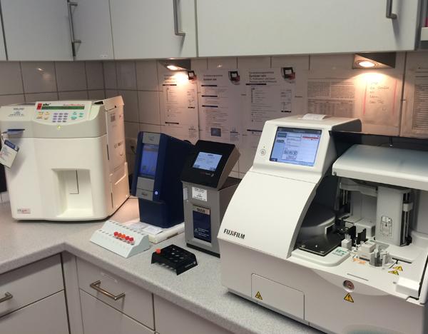 Laborgeräte zur Blutuntersuchung